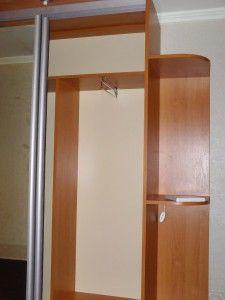 шкаф с вешалками для прихожей, раздвижной с фурнитурой