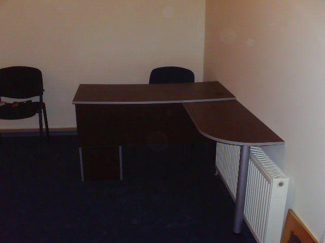 офисная мебель, стол и стул