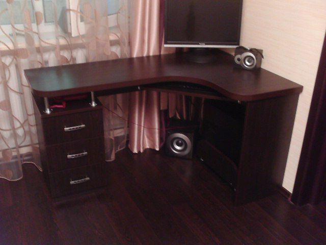 стандартная конструкция стола