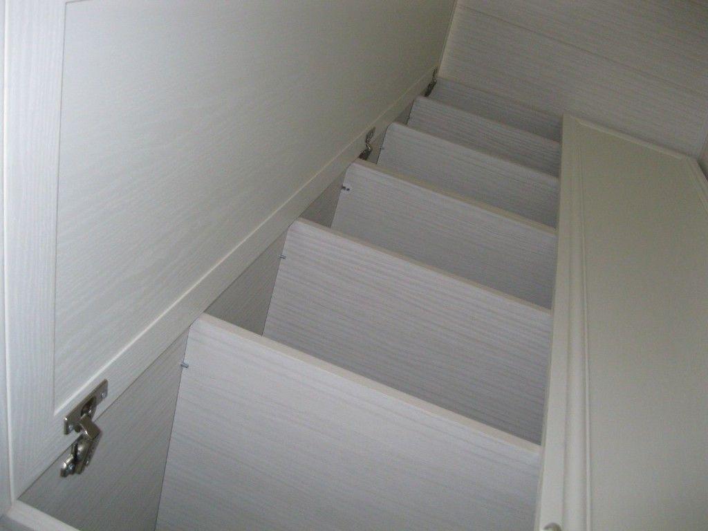 белый шкаф
